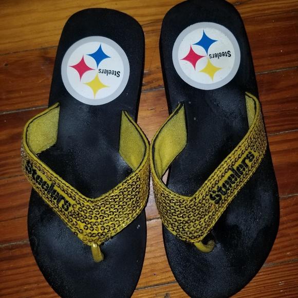 0d0b10d20db42 Pittsburgh steelers flip flops